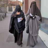 Une femme se lève contre l'islam